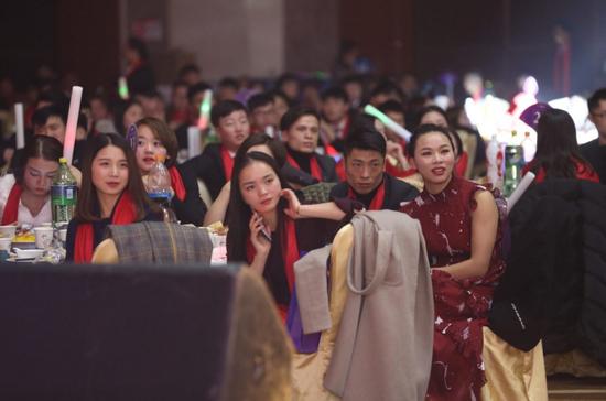 """贵州人像摄影""""老大"""" 启航全球化发展"""