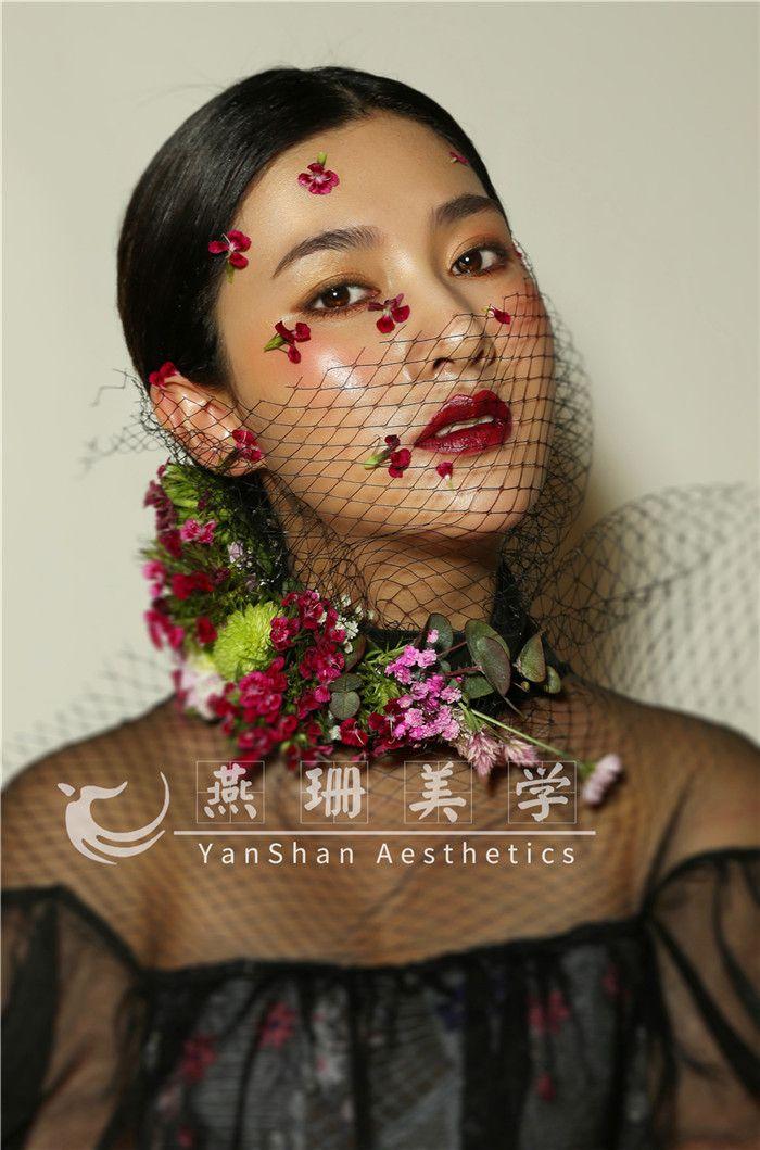水润油妆鲜花新娘造型 化妆造型