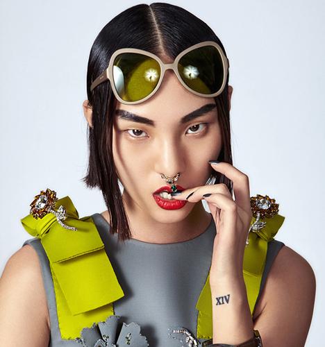 《嘉人》时装片-爱上超模 写真摄影