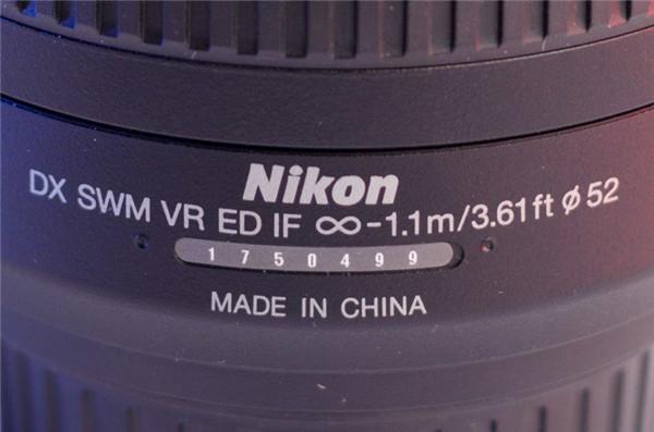 一个小技巧,学会辨别翻新机和翻新镜头