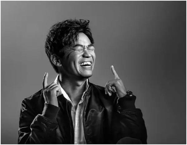 """摄影圈内最有名的跨界摄影师潘石屹:""""我只拍上半身!"""""""