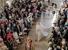 梅根Givenchy婚纱手稿图曝光 共有50人工作3900小时完成