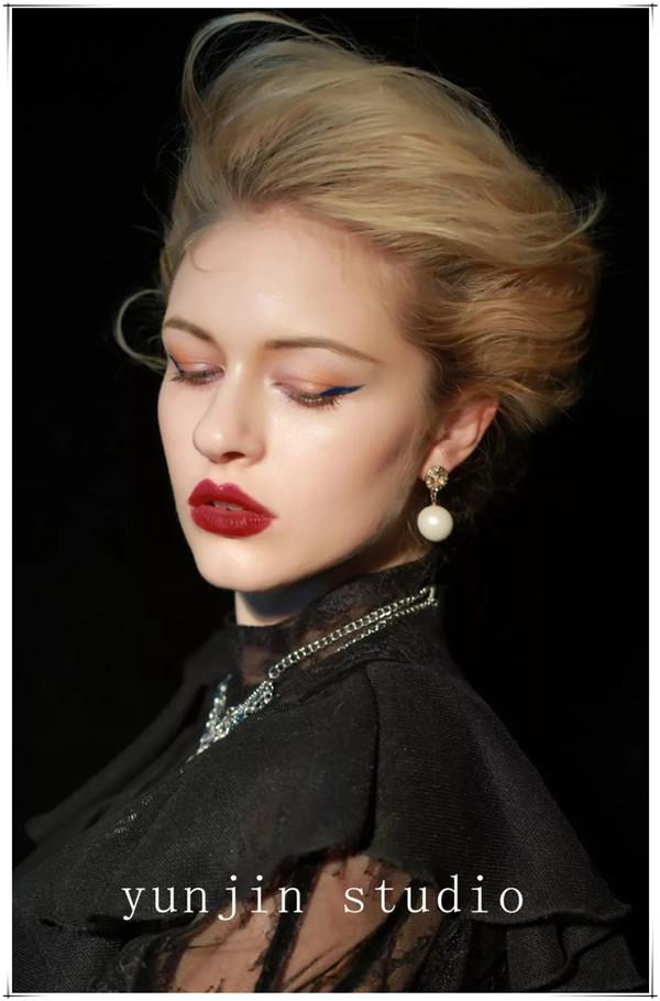 从一名优秀化妆师 到成为摄影师是一种什么体验?