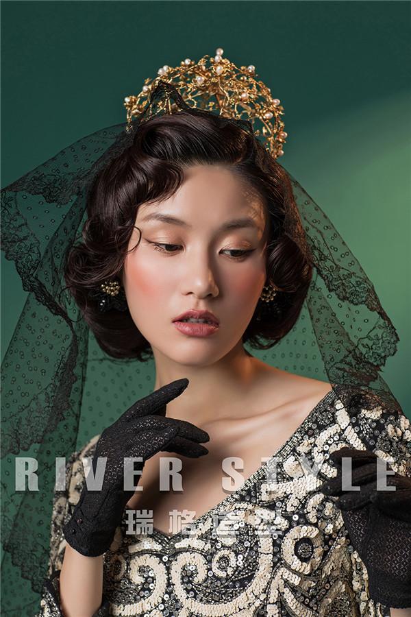 优雅复古的手工帽饰 呈现出洛可可造型昔日辉煌