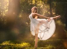 翩翩起舞的天使 镜头下唯美柔然的身姿