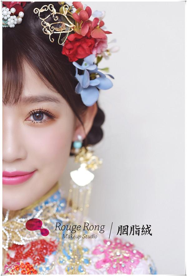 绚丽中式新新娘妆容造型