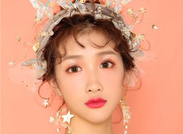 时尚减龄日系少女风妆容