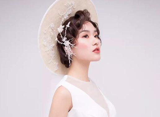 实用新娘发型打造技巧之:法式新娘造型