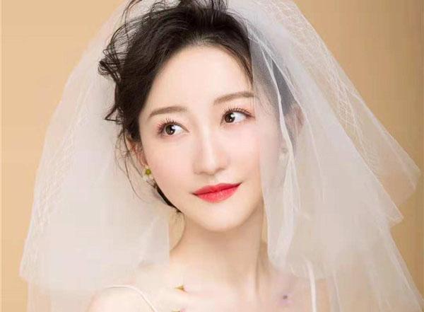 精致大气新娘妆容欣赏