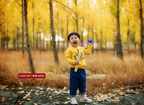 最新影樓資訊新聞-兒童外景寫真:純真的笑容*治愈