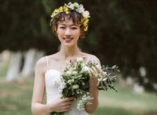 简约的小清新婚纱造型 淡雅动人