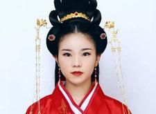 化妆教程:中国传统婚礼周制新娘造型,妆面这样做简直美爆了!