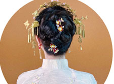 温婉中式新娘造型欣赏