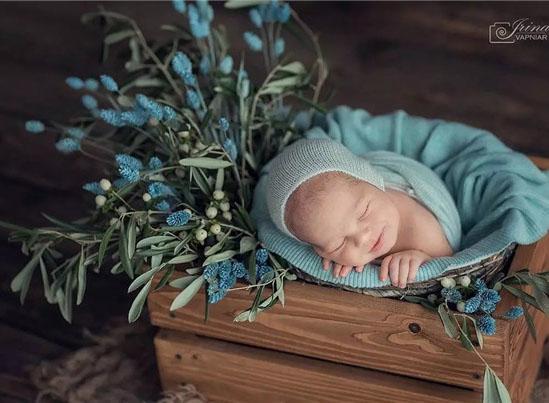 最新影楼资讯新闻-新生儿摄影记录回忆,这也是另一种美好。