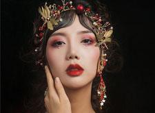个性中式新娘造型&夏季鲜花造型,你更中意哪一款?