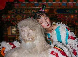 最新影楼资讯新闻-藏族姑娘拍下现代西藏,不经意走上时尚巅峰