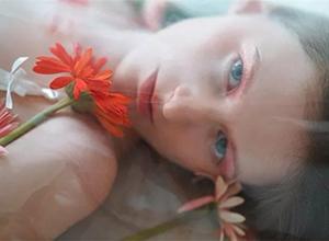 最新影楼资讯新闻-XIAMI商业摄影作品 春日女孩的裙摆