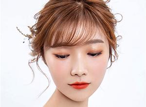 浪漫日系新娘盘发造型