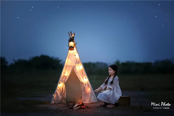 拿起相机,为孩子写下夜晚的梦幻童话