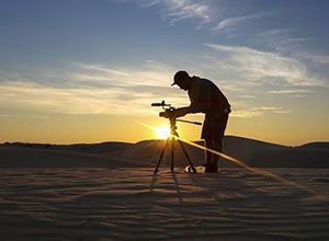 最新影楼资讯新闻-专注于爱好的领域,他创办摄影工作室,拥有数十万身家