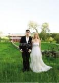 最新影楼资讯新闻-绿野农场新娘户外野性写真