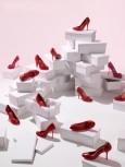 最新影楼资讯新闻-妖娆婚鞋搭配时尚婚纱