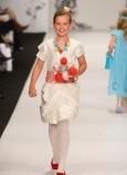 最新影楼资讯新闻-新西兰新娘杂志推荐的婚礼花童造型
