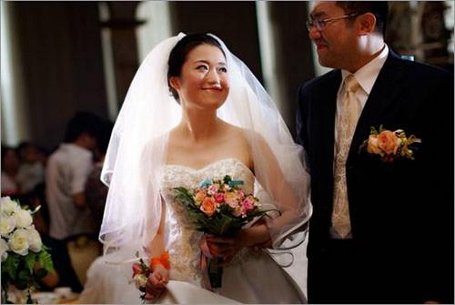 最新影楼资讯新闻-如何避免不良趋势 拍出更感人婚礼照