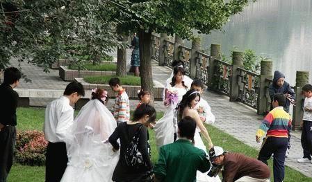 最新影楼资讯新闻-哈尔滨国庆黄金周婚庆市场降温 商家降价促销多