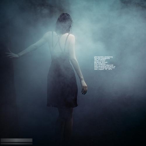 摄影教程:七招搞定弱光环境的微光人像美人