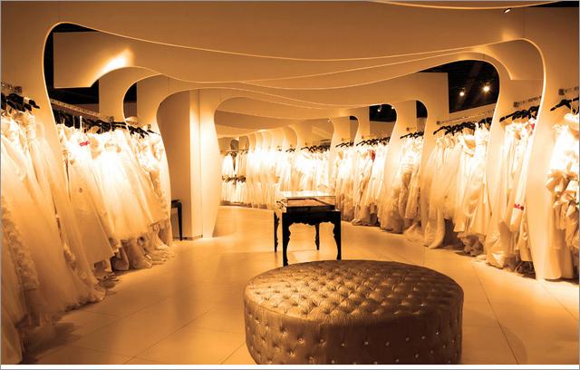 公主婚纱设计师_八月照相馆——国际婚纱造型馆_装修·橱窗·设计_影楼管理_黑光网