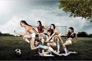 """最新影楼资讯新闻-《好舞蹈》学员化身""""足球宝贝"""" 性感写真助威***"""