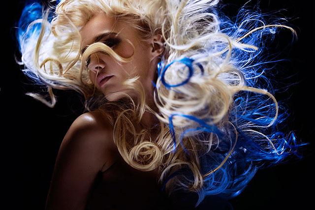 最新影楼资讯新闻-Diliana Florentin大胆造型写真作品:百变发型