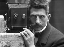 最新影楼资讯新闻-颗粒感十足的摄影银盐时代 截然不同的摄影师自拍