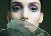 最新影楼资讯新闻-上挑眼线VS深邃眼窝 打造异域风情妆容