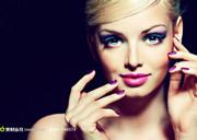 最新影楼资讯新闻-化妆造型小窍门 教你如何画宝蓝色眼睛