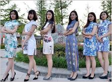最新影楼资讯新闻-高校流行拍个性毕业照 旗袍、五四青年装全上场