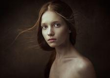 最新影楼乐虎娱乐平台新闻-干净的女性肖像摄影
