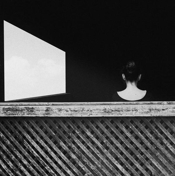 藕荷色_黑白线条极简风格人像摄影欣赏(3)_摄影师与影像_影楼摄影_黑光网