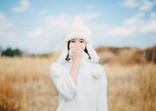 最新影樓資訊新聞-人像攝影欣賞 綻放在冬天的微笑