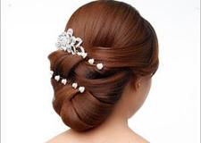 最新影楼资讯新闻-时尚韩式新娘盘发教程 360度无死角体现的线条美