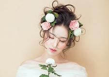 最新影楼资讯新闻-新娘造型欣赏 鲜花点缀展现浪漫唯美