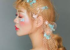 最新影楼资讯新闻-用永生花和网纱做头饰 更加彰显新娘的柔美和灵动