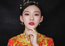 最新影楼资讯新闻-龙凤褂新娘造型 精美大气美呆了