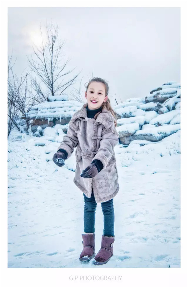 冬季雪景人像拍摄技巧 找到方法和技巧让雪景照片不再平庸