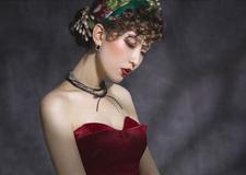 最新影楼资讯新闻-惊艳眼球的红唇复古新娘妆 只为凝固此刻的美