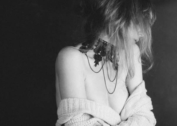 摄影师Fabrizia Milia 淡雅情绪性感人像