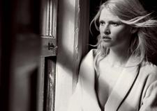 最新影楼资讯新闻-时尚大师操刀德国《Vogue》四月刊人像大片