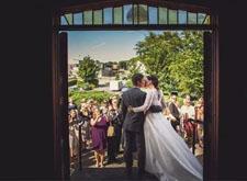 最新影楼资讯新闻-为什么一场婚礼一定要有专业摄影师?