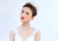 最新影楼资讯新闻-美丽别致的新娘发饰 打造出浪漫的女神风格